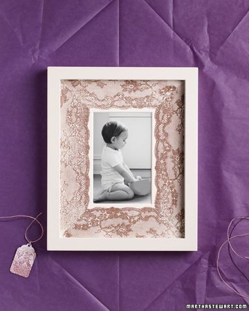 diy - spray paint over lace onto photo mat for a sweet, custom look