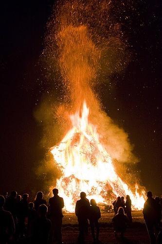 Easter Bonfire, paasvuur in twente