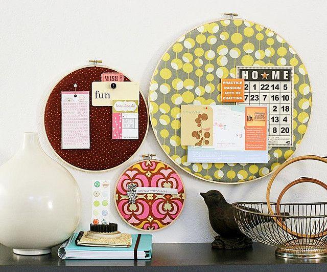 fabric hoop bulletin boards.Sewing Room, Pin Boards, Cute Ideas, Inspiration Boards, Bulletin Boards, Memo Boards, Embroidery Hoops, Bulletinboards, Crafts