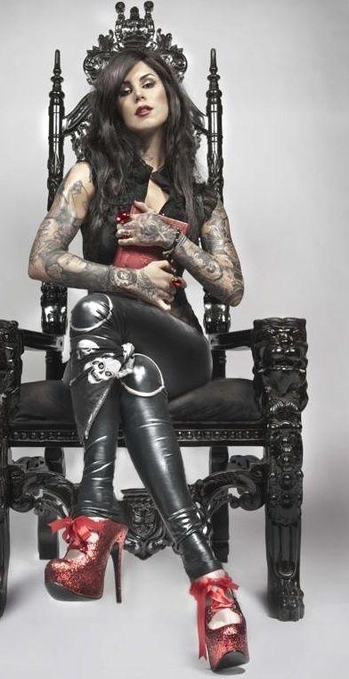 Kat von D (LA Ink)-LOVE this pic!!-JMar