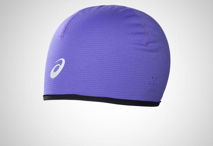 #Asics Winter Beanie - unisexowa, dwustronna czapka zimowa. Reguluje temperaturę głowy chroniąc ją przed przegrzaniem. Środek czapki został wyłożony przyjemnym meszkiem, zapewniającym ciepło w chłodne dni. Przeznaczona na chłodne dni. #unisex #czapki #jesienzima2014