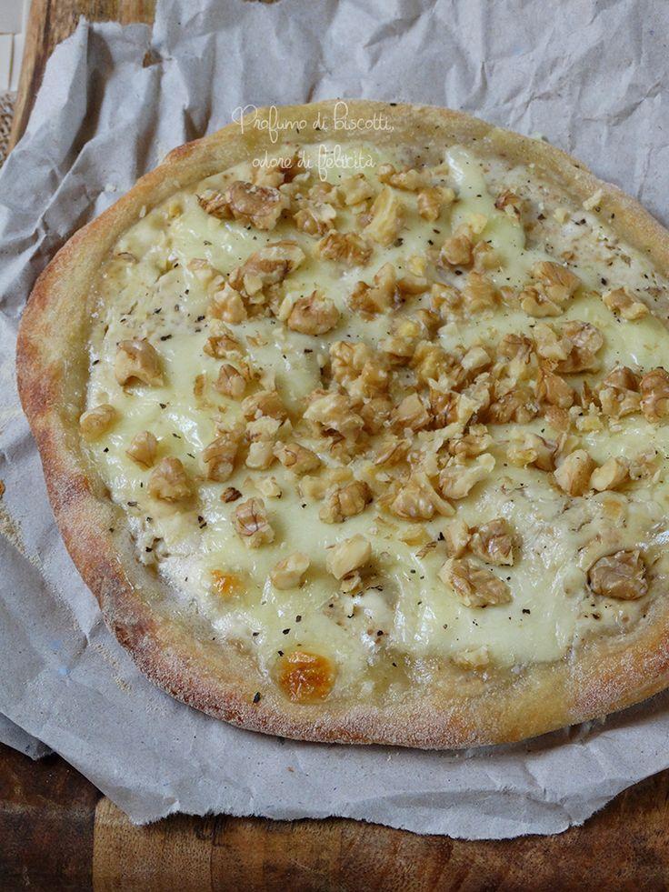 Avete voglia di sperimentare un po' con questa pizza alle noci? Niente base al pomodoro, una farcitura agrodolce, ma un […]