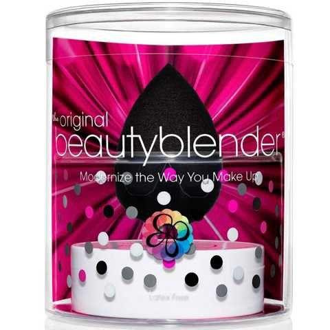 beautyblender Pro - Schwarz + Solid Cleanser Kit Der Beautyblender für dunkle Töne im Zusammenspiel mit der perfekten Reinigung!