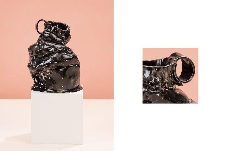 Maria Egorova, Black vase.png