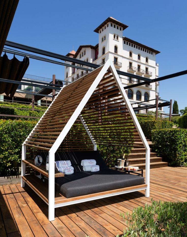 Ref 2561 Hotel overlooking Barcelona #locationsbarcelona #localizacionesbarcelona #loftlocation