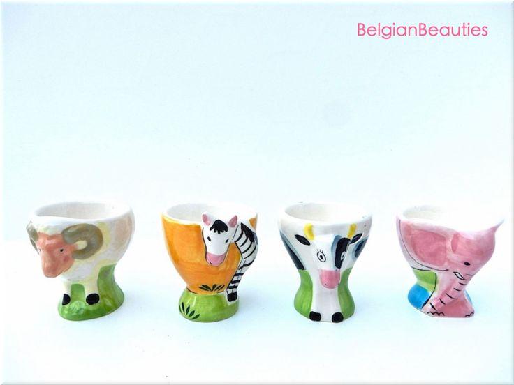 4 porseleinen eierdopjes met afbeelding van dieren in reliëf zoo zebra olifant ram koe kind ontbijt stel ei oeuf egg hand painted art deco door BelgianBeauties op Etsy