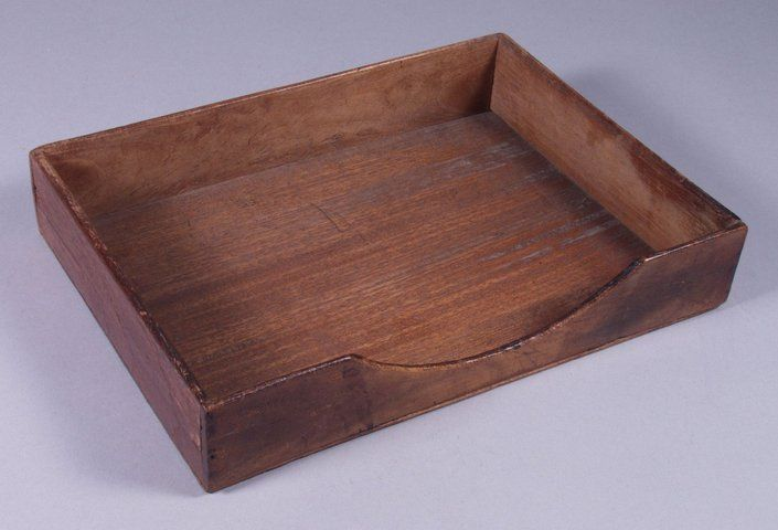 Brievenbak, afkomstig uit het kantoor van houthandel Oppedijk te IJlst.