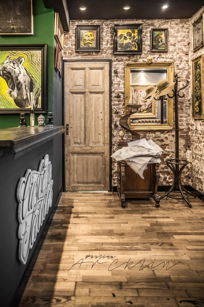 best 25 tattoo shop decor ideas on pinterest silly cute couples simple bedroom decor and. Black Bedroom Furniture Sets. Home Design Ideas