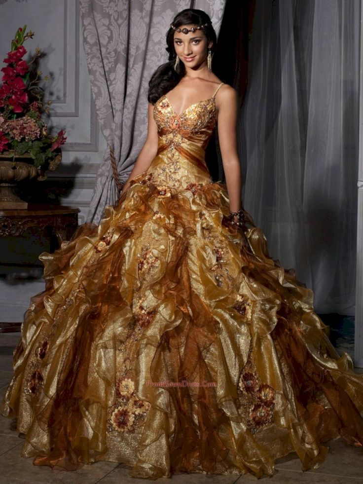 Adorable 30+ Luxurious Golden Wedding Gown Ideas For Bride Looks More Pretty  https://oosile.com/30-luxurious-golden-wedding-gown-ideas-for-bride-looks-more-pretty-17238