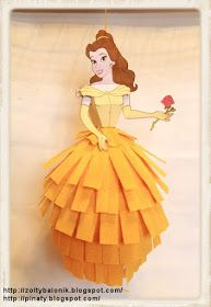 Żółty balonik: Księżniczka Bella - Żółty balonik - piniata Bella