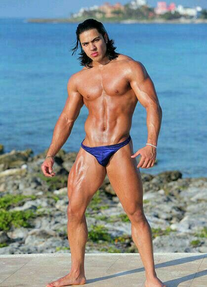 Long Hairstyle, Physique Style and Swimwear Fashion