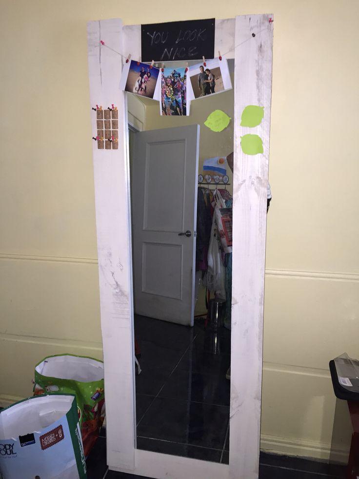 Espejo de maderas recicladas de pallets