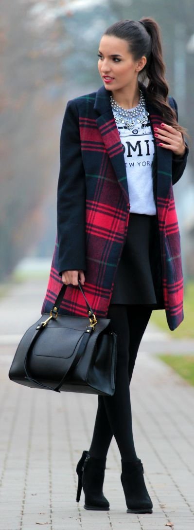 Plaid coat, black high heels, tights and hand bag create elegant and graceful look.