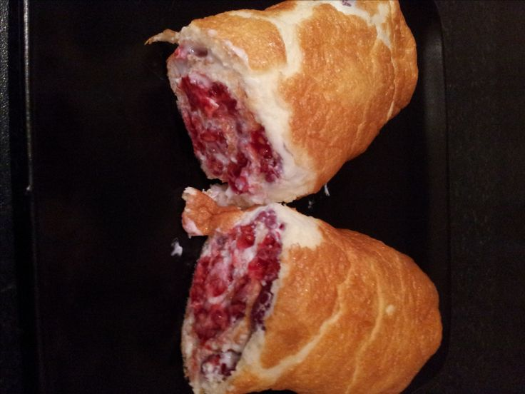 Rasberry Roulade - half a syn for the whole cake #slimmingworld