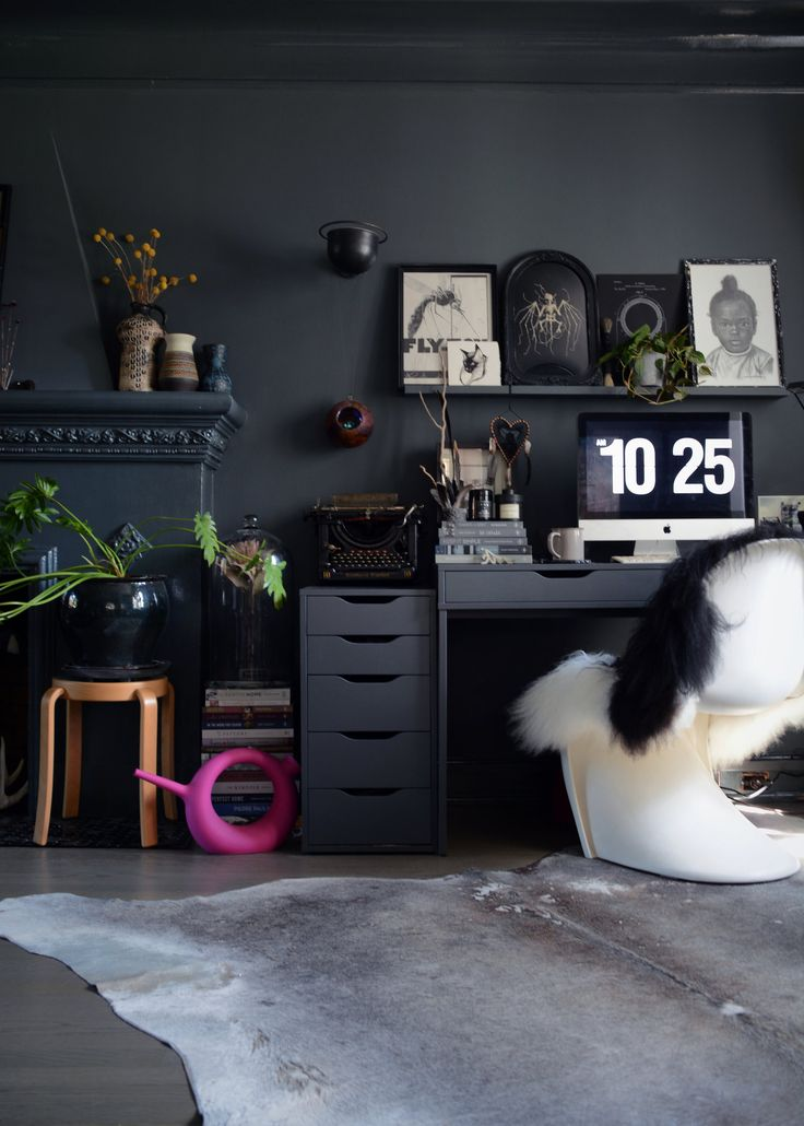 Aug 8 Kim's Dark Eclectic Canadian Home filled with Vintage Finds