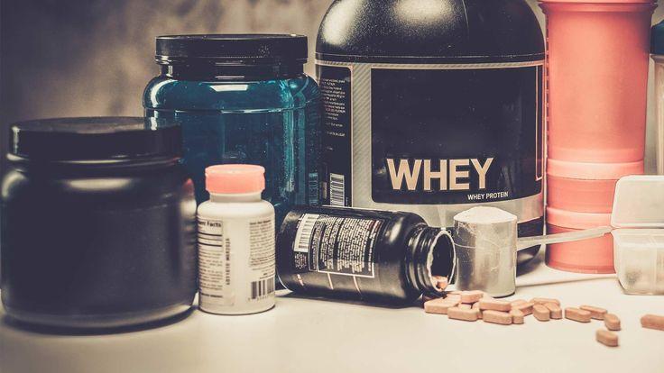 Veel sporters hebben hun eerste eiwitpoeder al gekocht voordat ze überhaupt een gewicht hebben aangeraakt. Maar zijn al die supplementen echt nodig om groot en sterk te worden?  Link: https://www.fitness-tips.nl/voedingssupplementen/supplementen-nodig