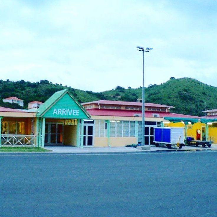Saint-Martin #aeroport #sintmaarten #grandcase #antilles #caraibes #frenchquarter #saintmartin #pictureoftheday #picoftheday #home #island by milan_greco