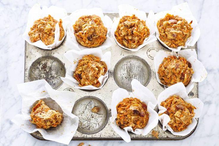Ella: 'Het mooie van deze muffins is dat ze vooral zijn gezoet met appel, rozijn en wortel.'- Recept - Allerhande