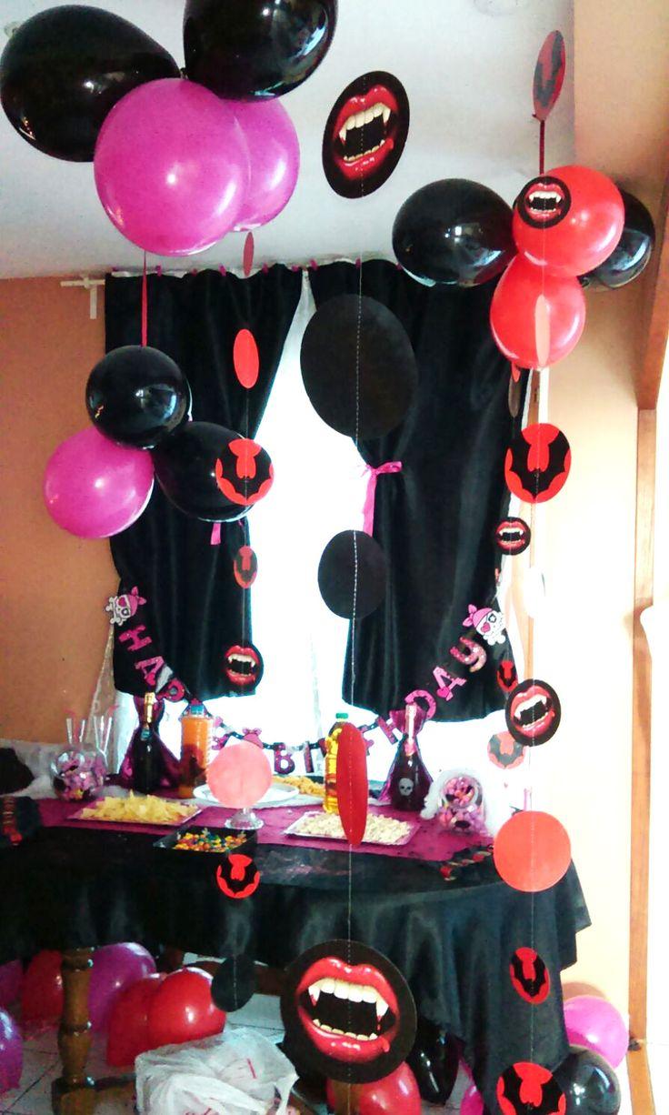 Décoration anniversaire th¨me Chica Vampiro avec KYOKO Events