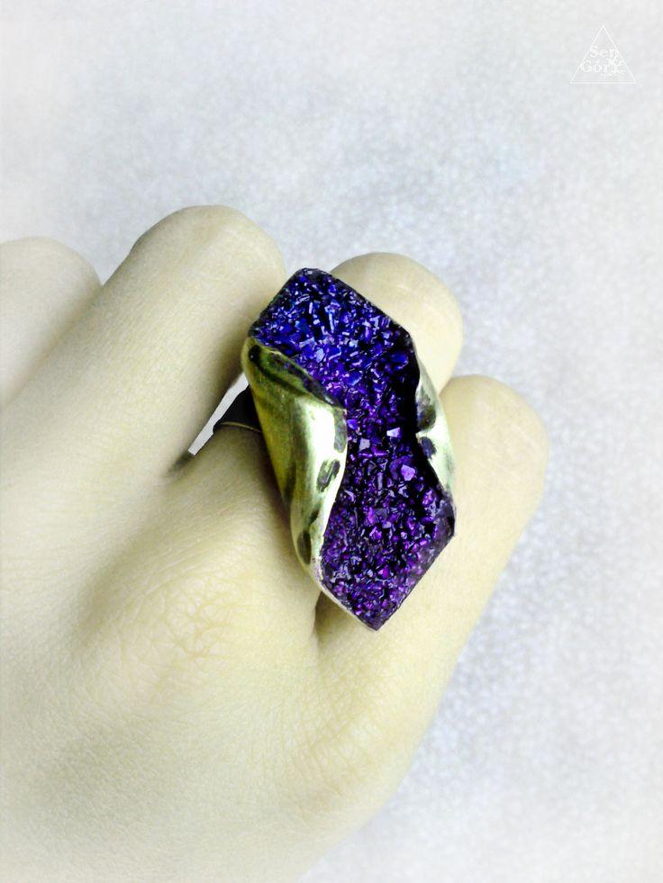 Brass, heather-like, handmade ring from Sen Góry.   http://www.sen-gory.com http://www.facebook.com/SenGory http://www.flickr.com/photos/126268027@N05/ www.pinterest.com/mossymountain/sen-góry-jewellery  #SenGóry, #www.sen-gory.com #brass ring #uniquering #polishhandmade #artjewellery #artjewelry