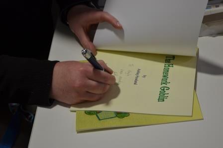 Signing!!!