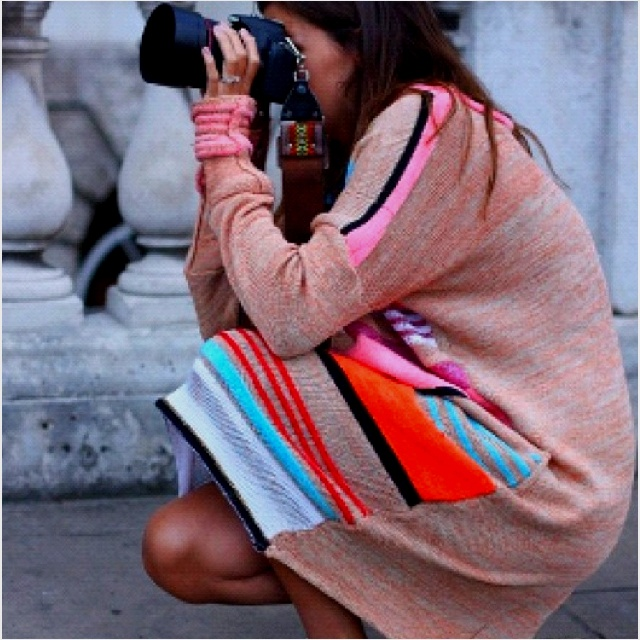Photo: Fashion, Camera Straps, Sweaters Dresses, Colors, Street Style, Converse, Stripes, White Conver, Wear