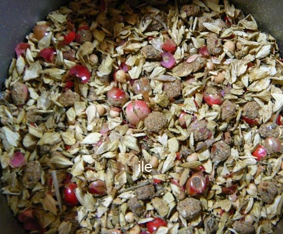 Condimentos para carnes de novillo o ternera al grill o a la plancha   Mix of spices for grilled beef   ESta receta la encontras en       http://ile-recetas.blogspot.com.ar/2012/08/condimento-para-carnes-la-plancha-o-al.html       GRACIAS POR VISITARME!!
