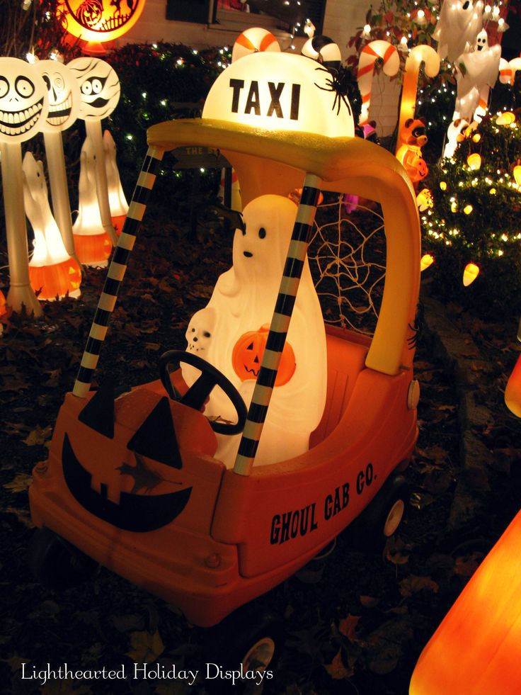 ghoul cab this is so cute that i said that is so cute halloween townhappy halloweenhalloween craftsvintage halloween decorationshalloween