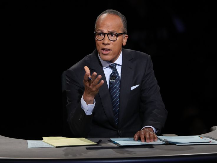 The reviews are in for Lester Holt's performance during the presidential debate and they're mostly positive