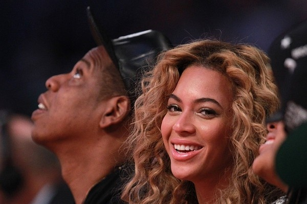 Hip Hop Mogul's NYC Gun-Buyback: Give Us Your Guns and We'll Give You…Beyoncé Tickets -- Humm - They might steal guns to give for this buyback.