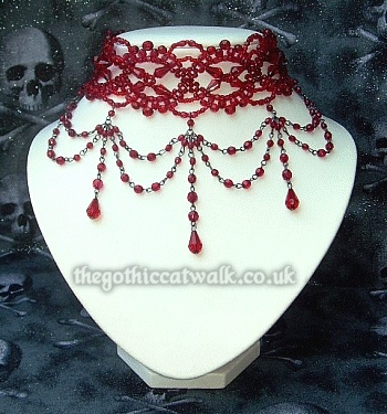 Gothic necklace for bottom of lace sleeve