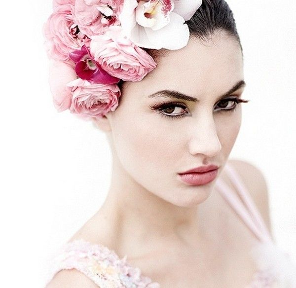 Wedding Makeup Essentials : 17 Best images about Bridal makeup on Pinterest Lash ...