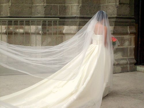 How To Make A Cathedral Wedding Veil Via WikiHow
