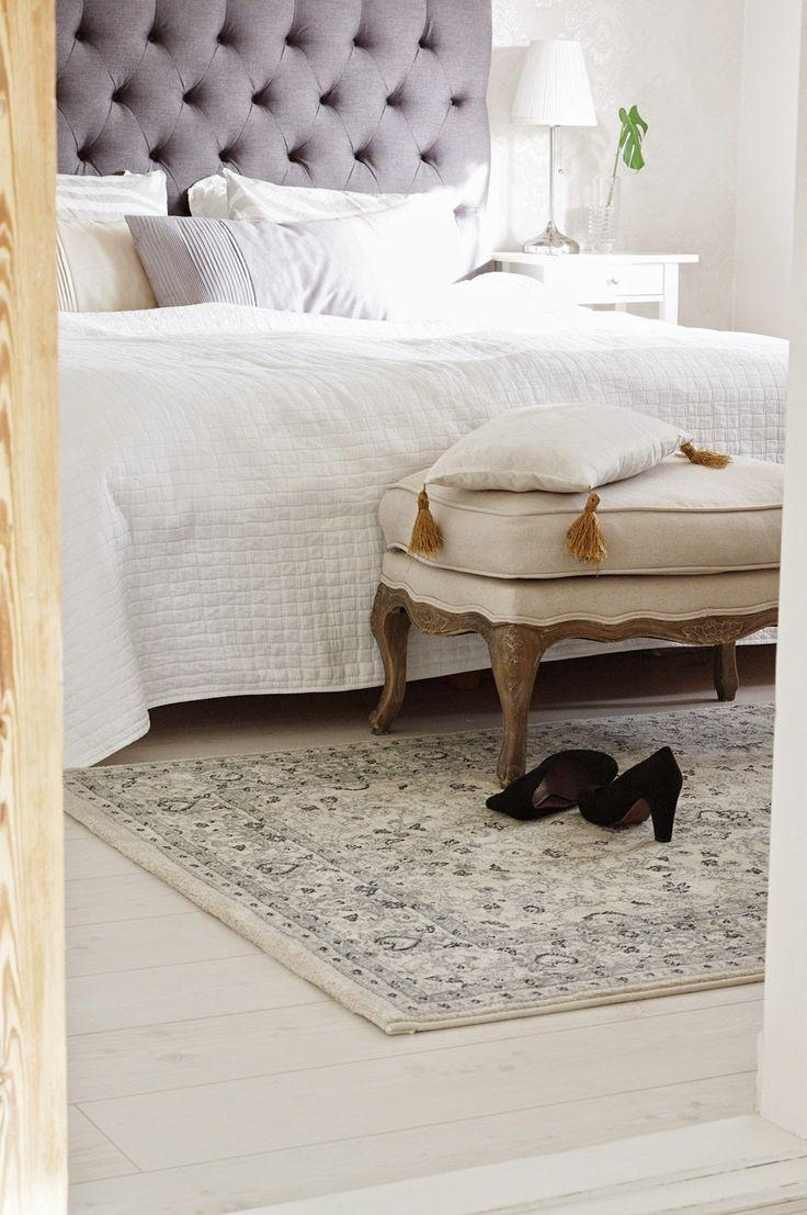 Garderob garderobsdörrar 60 cm : 209 best Bedroom/Sovrum images on Pinterest   Bedroom, Cushions ...