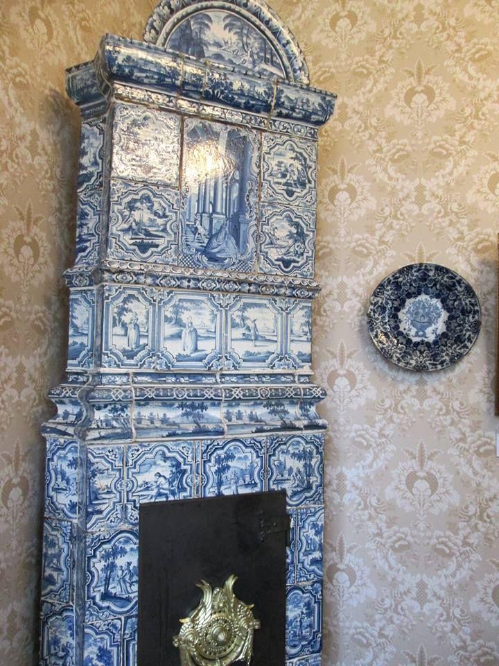 les 62 meilleures images du tableau po le en fa ence stove kachelofen sur pinterest. Black Bedroom Furniture Sets. Home Design Ideas