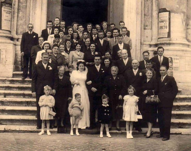 Matrimonio - foto di gruppo e  Oggi insieme domani Anche -film partecipato