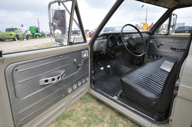 10k Dropped For Duty 1971 Toyota Hilux Custom Low Lux