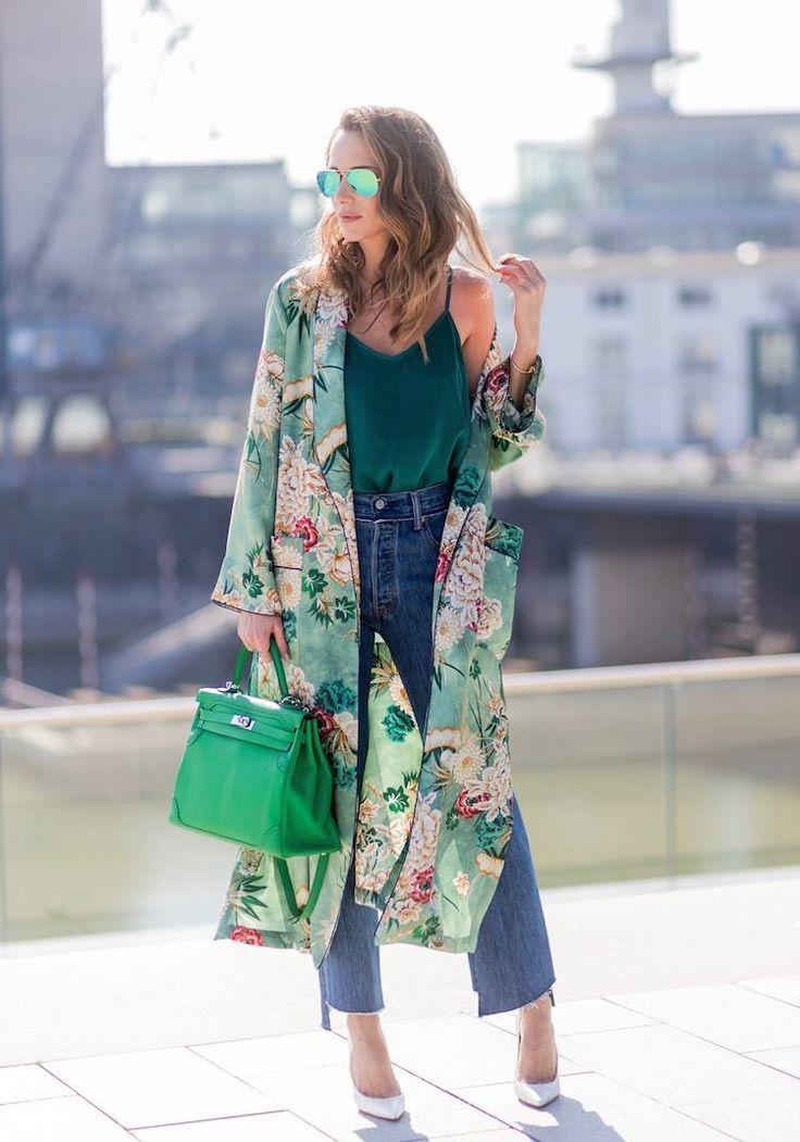 Découvrez nos conseils pour savoir comment bien porter le kimono ... 83b170b70049