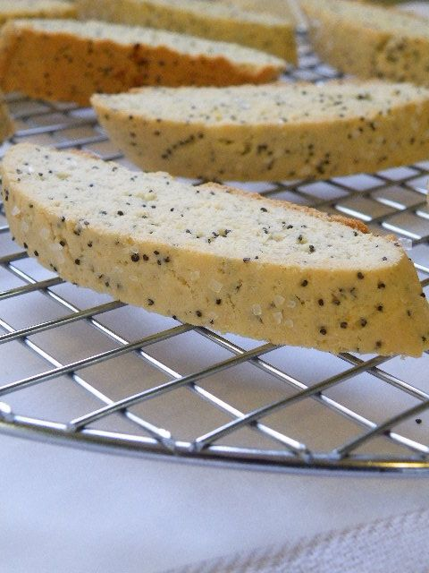 Lemon and poppy seed biscotti