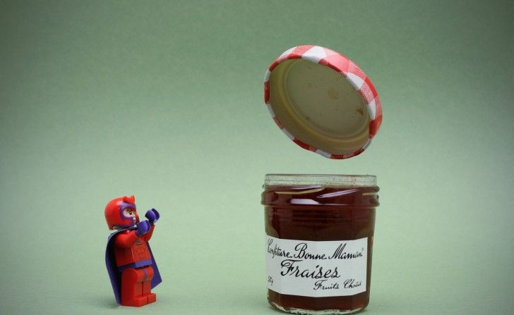 LEGO Magneto opens a jar of jam with his mind