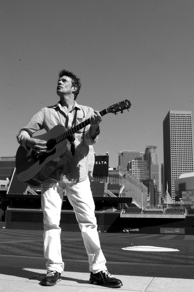 https://flic.kr/p/9rC5a9 | _MG_6904X | Paul Westerberg during a private performance at Target Field. Minneapolis.