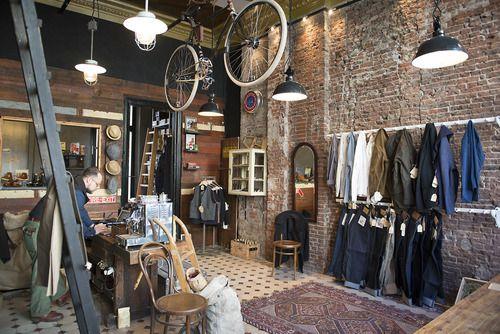 """Muy acogedora esta tienda con aire de tienda """"del oeste"""", los muebles decoración rústica"""