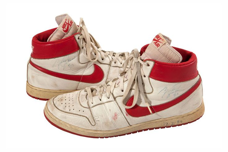 """Khalid Ali, the Los Angeles Lakers' ball boy during Michael Jordan's rookie season, has hit the jackpot with his signed pair of Nike sneakers worn in-game by """"His Airness,"""" which will be going up for..."""