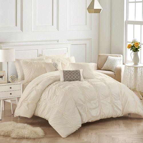 Best 25 Comforter Sets Ideas Only On Pinterest White Bed Comforters Comforters And Bed Comforter Sets