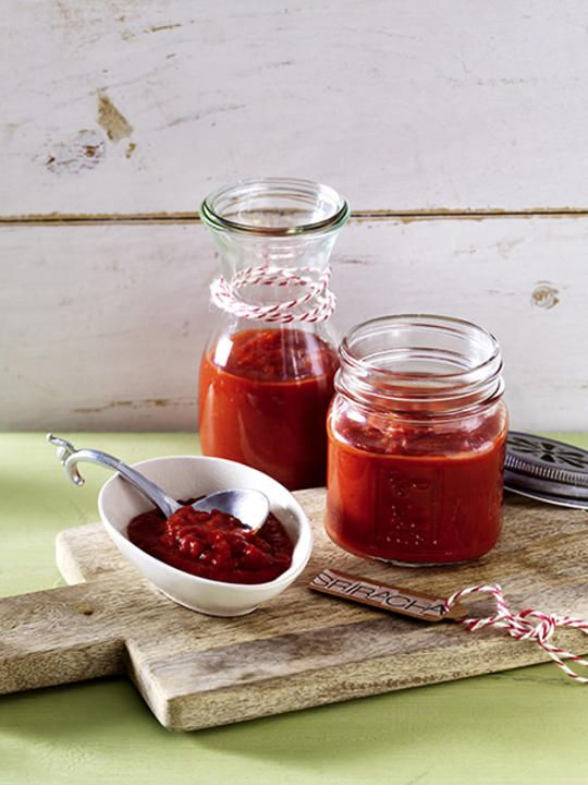Homemade Sriracha Hot Sauce | RecipesPlus                                                                                                                                                      More