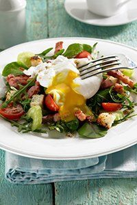 <center>Poached egg & bacon salad
