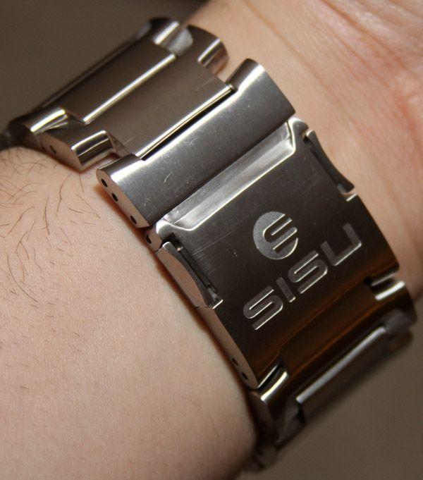 SISU-Guardian-watch-15.jpg (600×681)