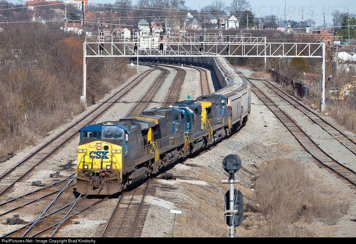 RailPictures.Net Photo: CSXT 9 CSX Transportation (CSXT) GE AC4400CW at Chattanooga, Tennessee by Brad Kindschy