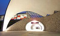 Wyremonotwany według nowej koncepcji dworzec Warszawa Stadion