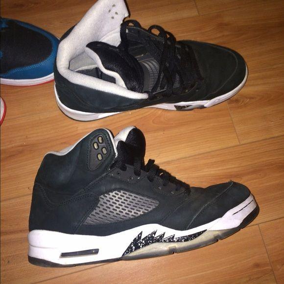 Jordan's Oreo 5s 7/10 condition Jordan Shoes Sneakers